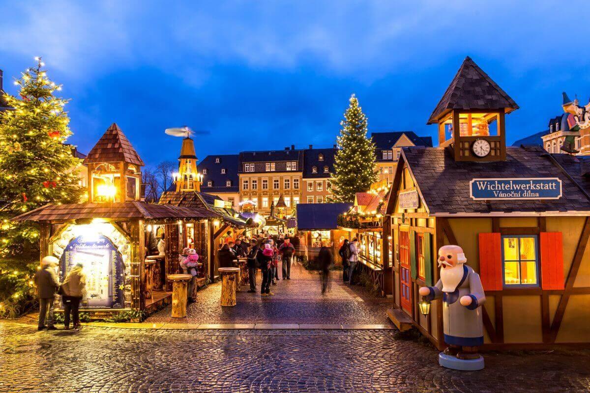 Dresden – Striezelmarkt & Weihnachtsland Erzgebirge